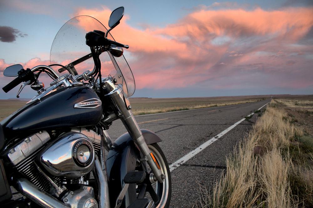 test ride harley davidson switchback canada moto guide. Black Bedroom Furniture Sets. Home Design Ideas
