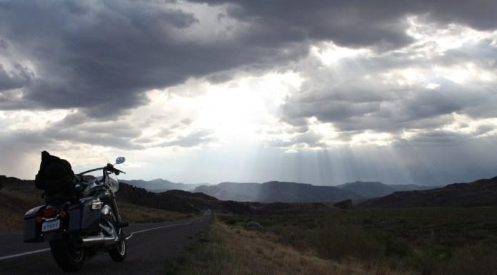 The desert sky was beautiful, but ominous as Zac headed west. Photo: Zac Kurylyk