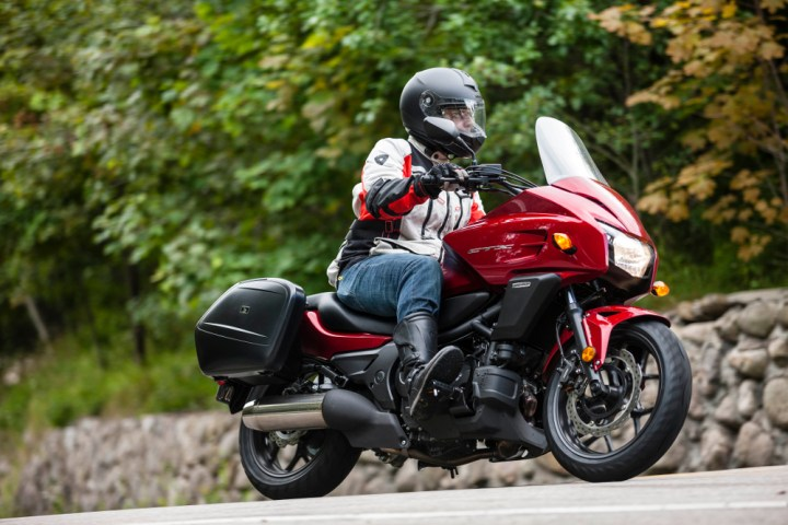 Here's what the CTX700T looks like with accessory saddlebags (also available in a colour-matched version) and optional taller windshield.