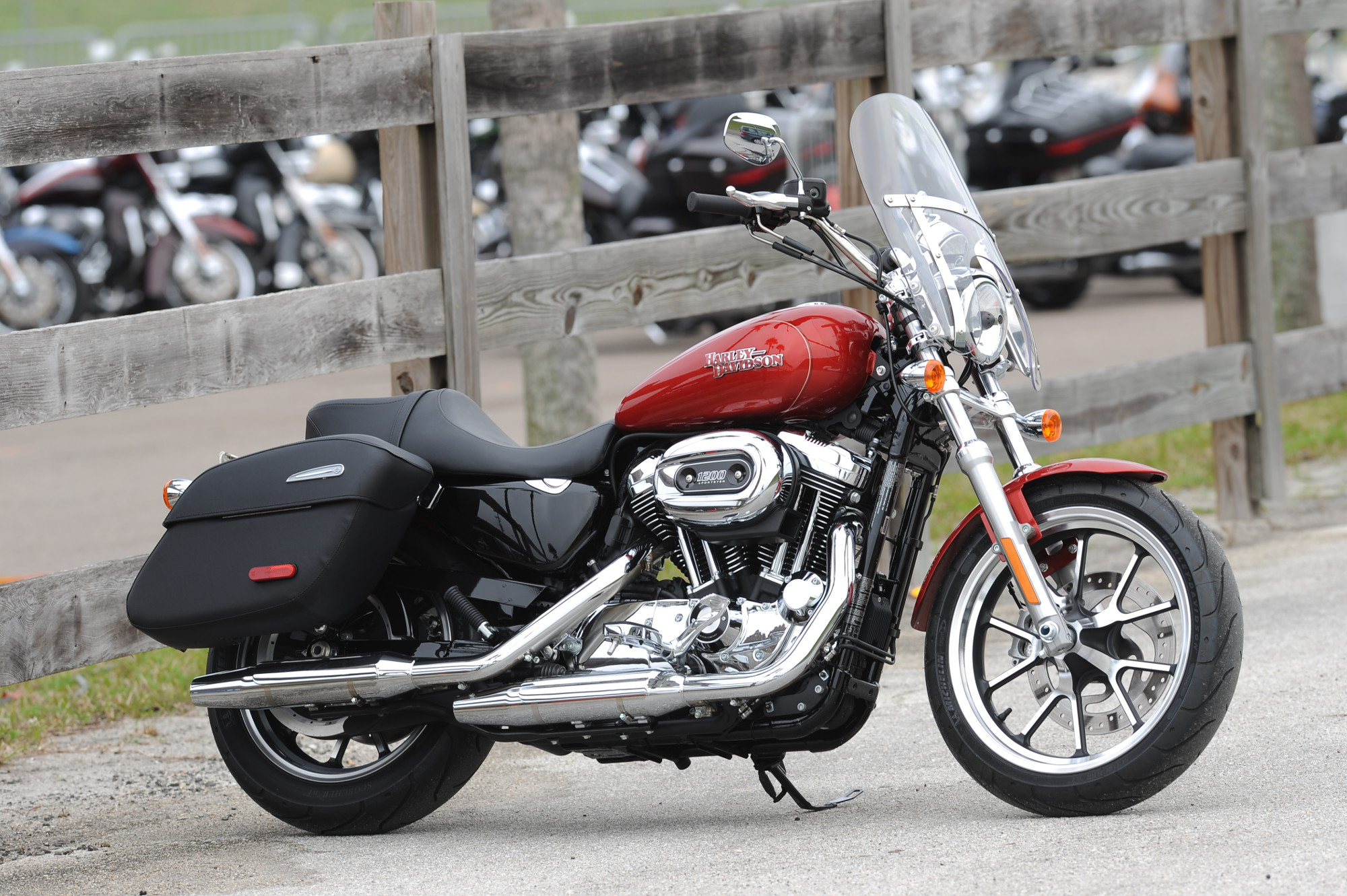 low and superlow costa rides the newest harley davidsons. Black Bedroom Furniture Sets. Home Design Ideas