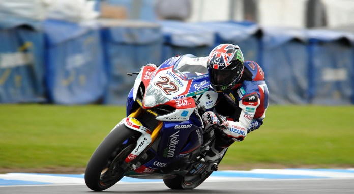Alex Lowes made good use of his Donington experience in BSB to grab third place in the first place.