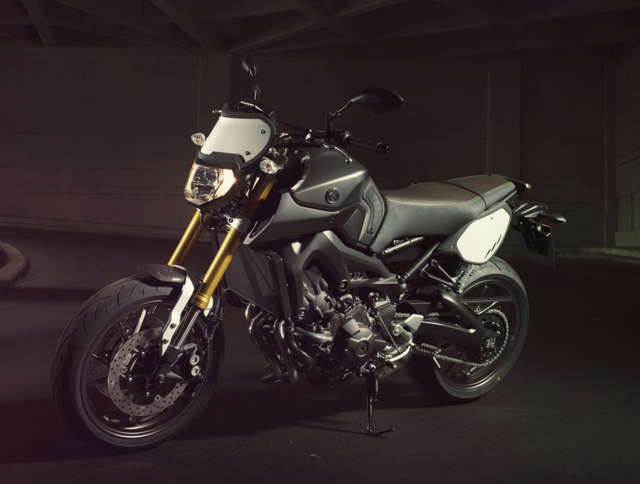 2017 Yamaha FZ-09 | American Motorcycle Trading Company
