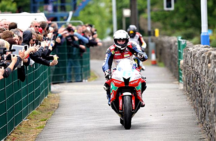 Isle of Man TT resumes push for publicity