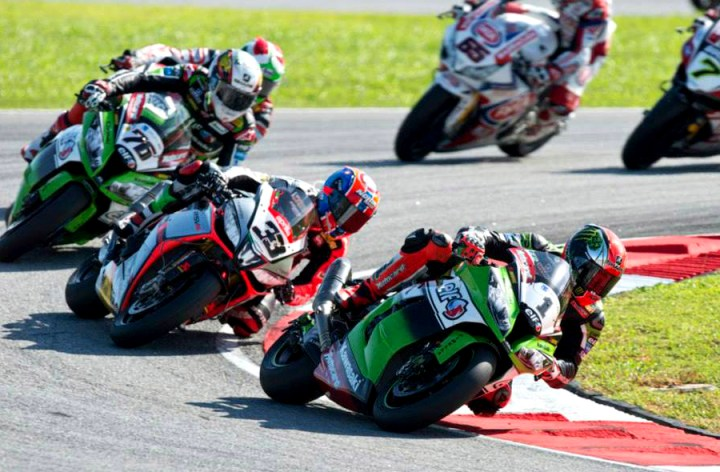 FIM announces World Superbike entry list
