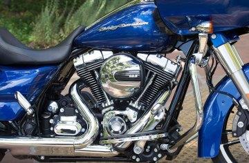 RoadGlide15_motor