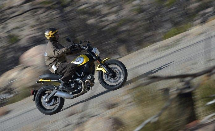 Ducati_scrambler_ride_rhs