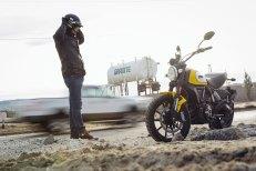 Ducati_scrambler_rider