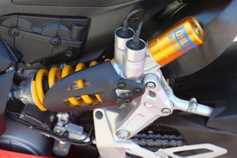 15-Ducati-1299PanigaleS_ohlins