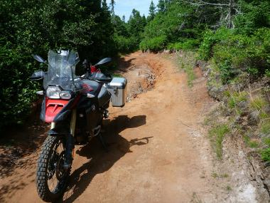 The sandy terrain in many areas meant I didn't push the loaded GS too hard.