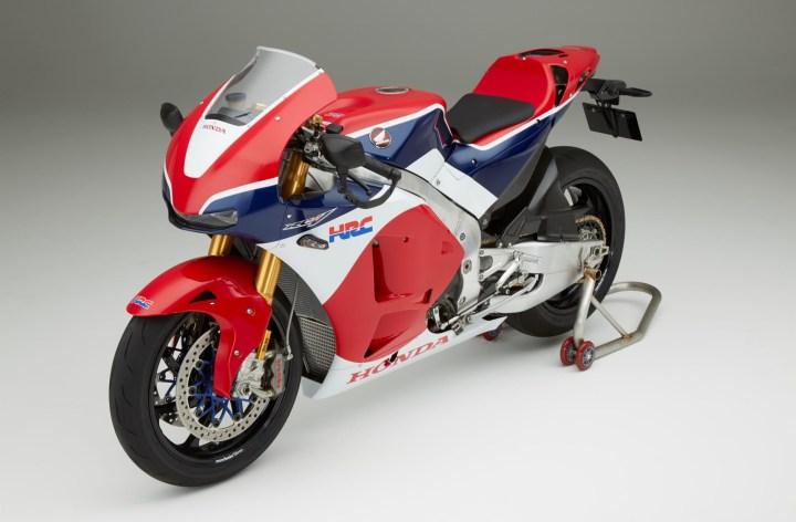 """Honda officially releases RC213V-S """"MotoGP streetbike"""""""
