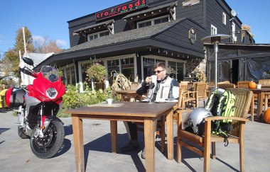 Sipping a cuppa at the Crossroads restaurant in Roseau. Photo by Drake.