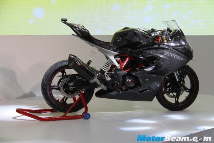TVS Akula is based on the jointly developed BMW G310R.  Akula means shark in Russian.  Image : MotorBeam.com