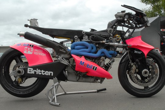 The Britten V1000. Everything you see before you bar the tires and basic hardware was made bespoke.