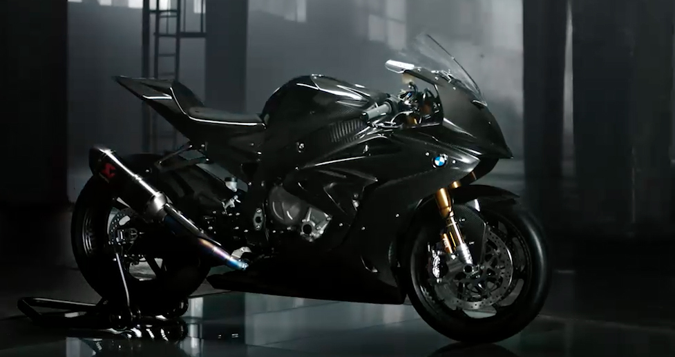 We Ride The Bmw Hp4 Race Here S What 95 000 Gets You Canada Moto