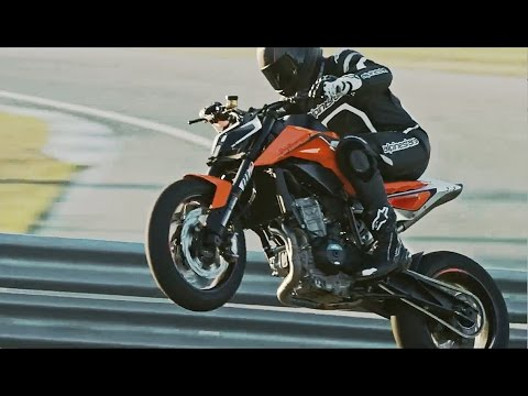 Video: Here's the KTM 790 Duke Scalpel prototype