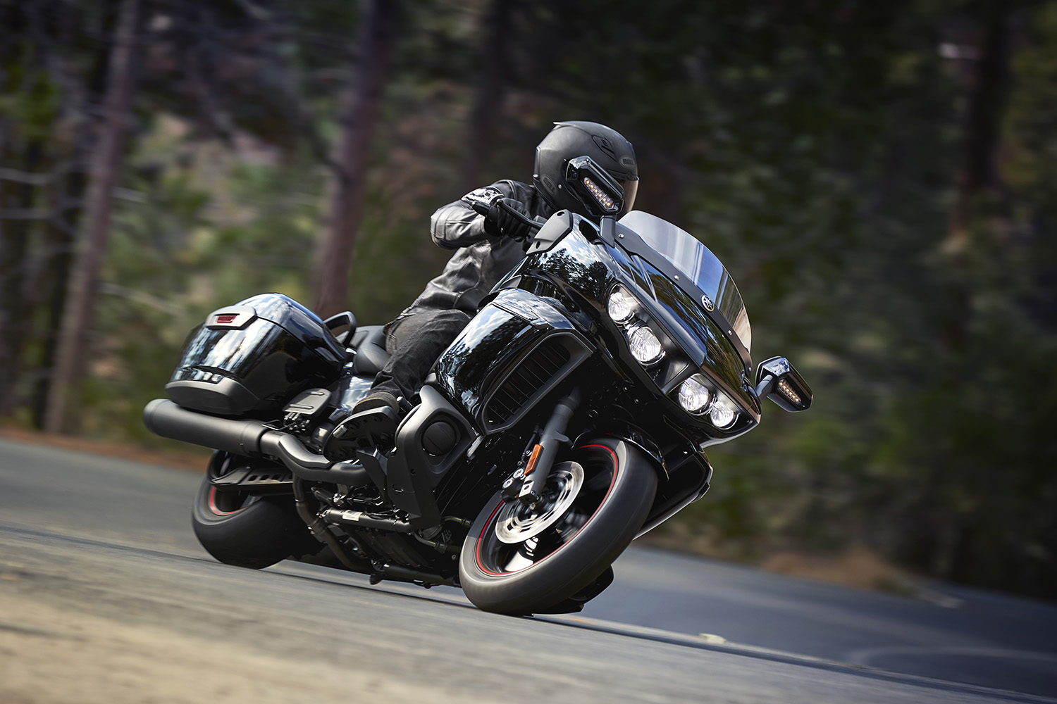 The Yamaha Star Eluder is here | Canada Moto Guide