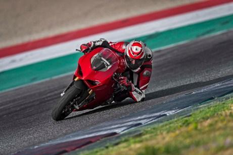 2018 Ducati Panigale V4 14