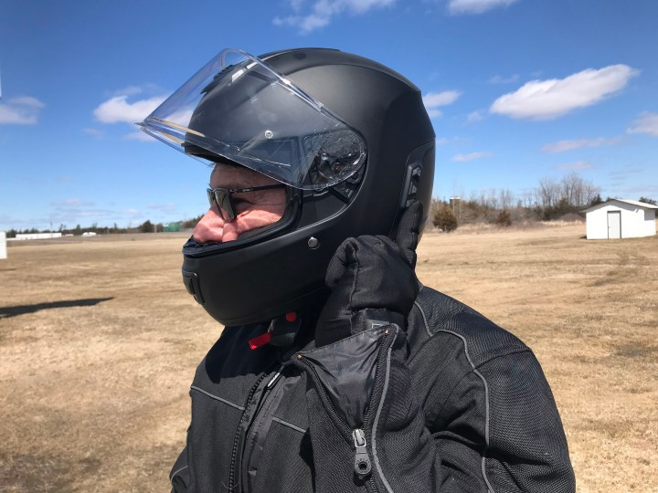 Gear review: Sena Momentum helmet