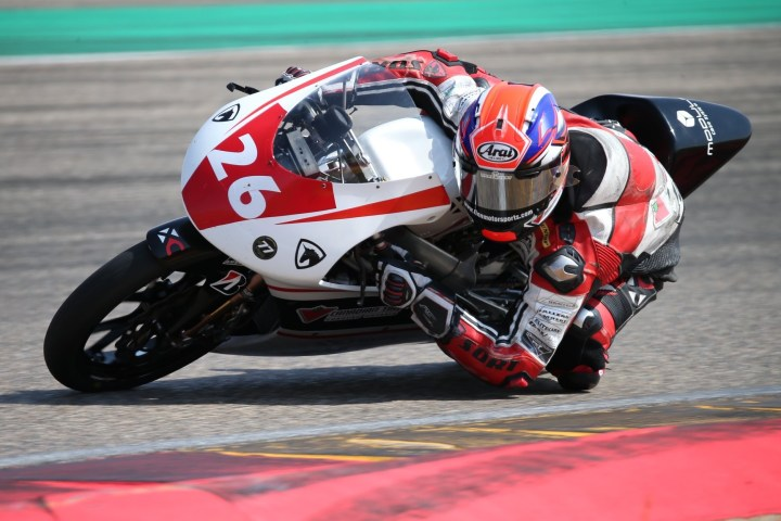 Racing Roundup: Overseas frustration