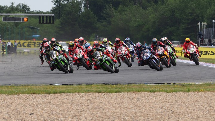 World Superbike moving to three-race format