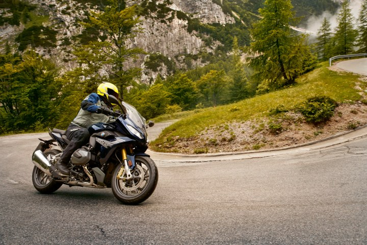 Sportier sport touring: BMW R1250 RS photo gallery