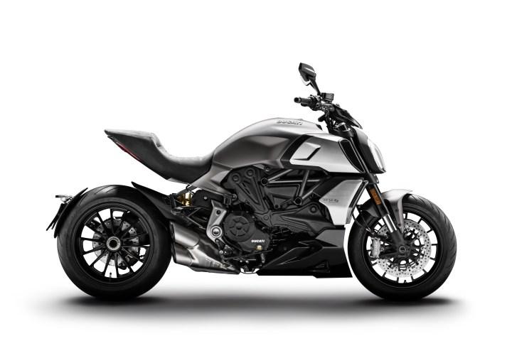 Updated Ducati Diavel 1260, Diavel 1260 S announced