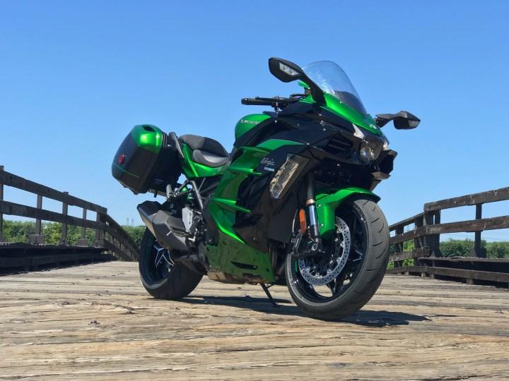 Test Ride: 2018 Kawasaki Ninja H2 SX SE