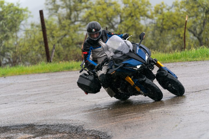 First ride: 2019 Yamaha Niken