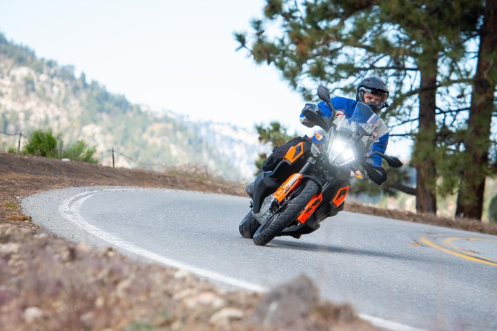 First Ride: 2019 KTM 790 Adventure, Adventure R