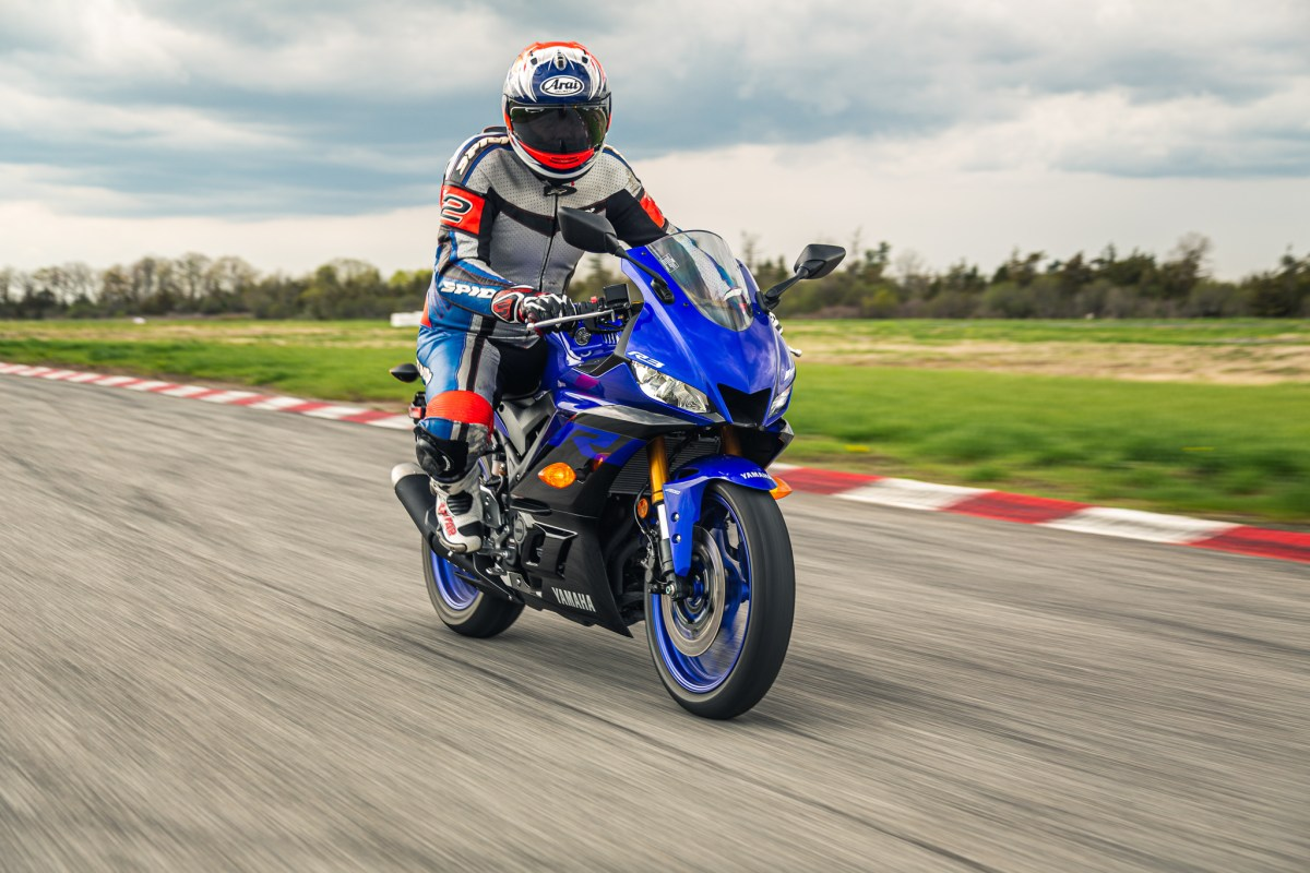 Test Ride: 2019 Yamaha R3, on the track
