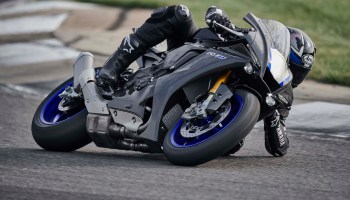 You Probably Can T Buy The Yamaha Yzf R1 Gytr Canada Moto Guide