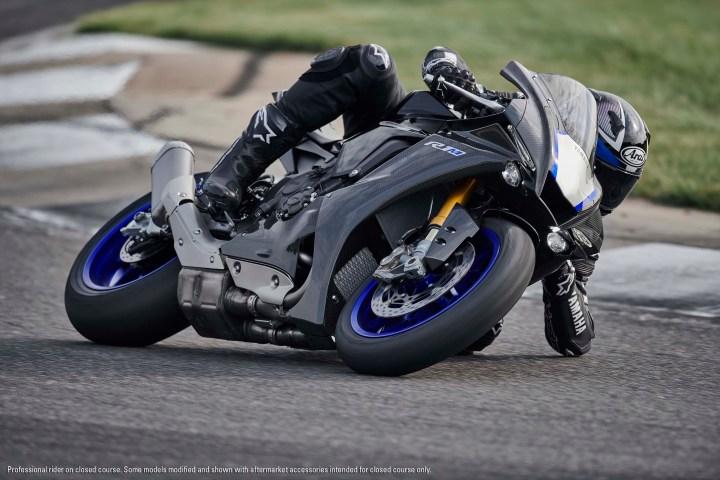 Slippery new Yamaha R1 breaks cover