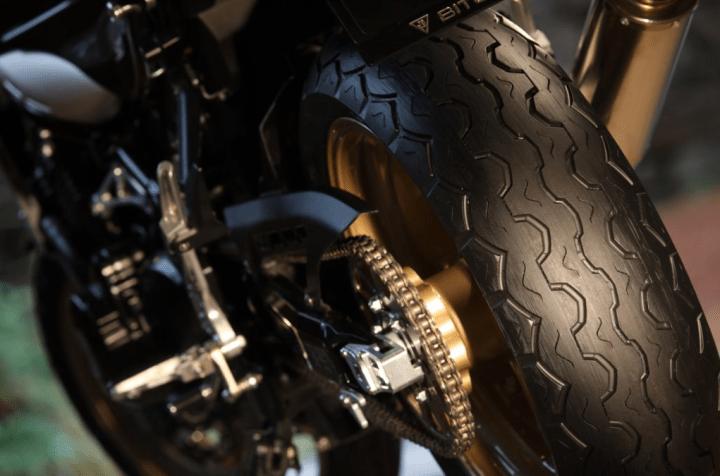 Dunlop TT100 GP Radial offers old-school looks, modern performance