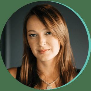 Izzie Egan Headshot