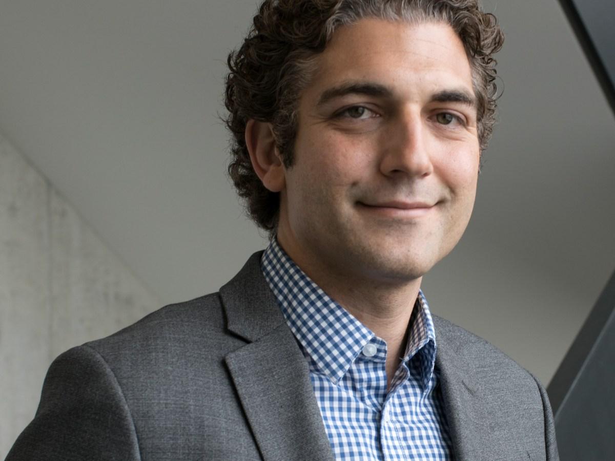 Dr. Matthew Feinberg, Associate Professor