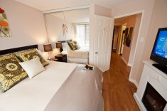 Canada Suites 2 Bedroom 2 Bath Suites are among the largest luxury furnished condos in Toronto.