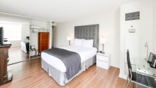 Master Bedroom - Canada Suites 2 Bedroom 2 Bathroom Presidential Suite