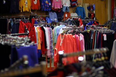 cash for second-hand clothes