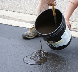 How To Diy Asphalt Driveway Sealing Costs And Process