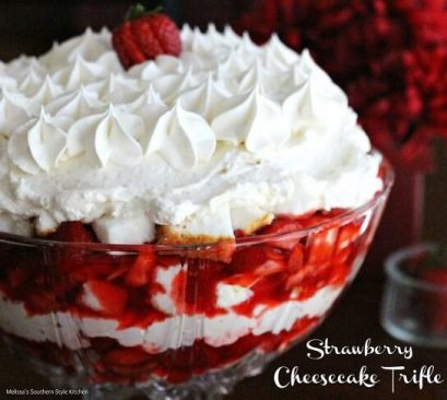 strawberry cheesecake triffle