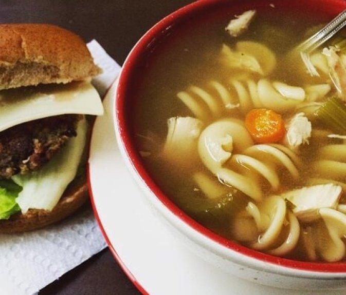 soup and portobello mushroom burger(1)