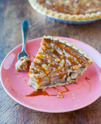 aramel-apple-crumble-pie