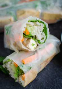 Vietnamese-Vegan-Spring-Rolls-Watch-What-U-Eat-2