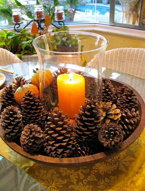 Gold-and-Yellow-Pinecones-Thanksgiving-Table-Setting