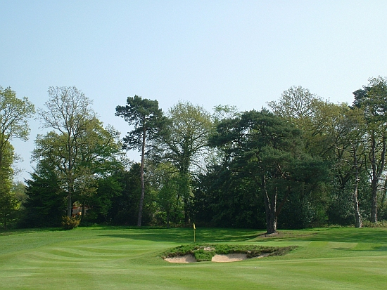 Center Bunker: The approach to the third hole.