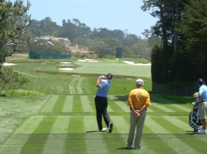 Is that Lorne Rubenstein watching Ernie at Pebble Beach?