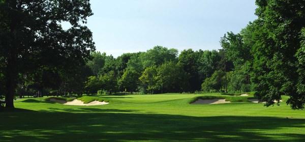 Par-3 15th hole at Weston Golf Club