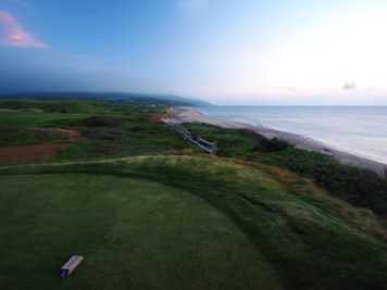 cabot-links-looking-back-from-16-tee