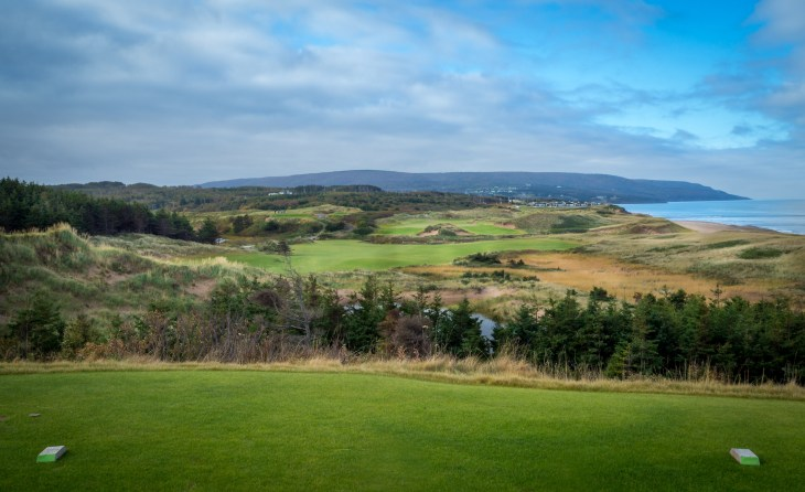 Spectacular 2nd hole from it's elevated tee - Cabot Cliffs
