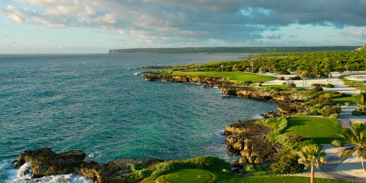 image of the 13th hole at Punta Espada
